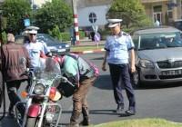 FOTO Un motociclist străin implicat într-un accident în centrul municipiului Târgu Jiu