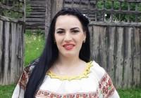 VIDEO Cum îi cântă Teodora Pană mamei sale