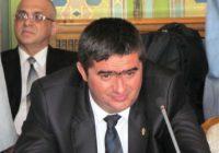 Dacă va ajunge primar, Caragea vrea să mute birourile funcționarilor în scările blocurilor