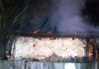 Bătrână arsă de vie în propria casă