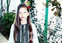 """Andreea Negrea din Drăguțești, o viitoare stea a folclorului gorjenesc: """"Îmi doresc cu toată ființa să pot ajunge la sufletul oamenilor prin melodiile mele!"""""""