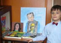 """Dragoș Bogdan, """"micul geniu al creionului"""", autor a două cărți!"""