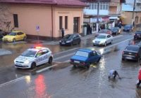 Imagini incredibile pe un bulevard din Târgu Jiu