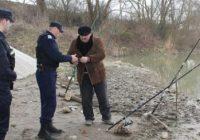 Pescari amendați de jandarmi! Vezi unde s-a întâmplat