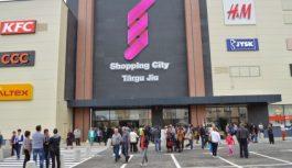 Se caută un asistent de vânzări la un magazin din mall