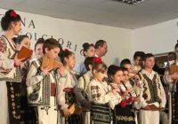 Talentații soliști și instrumentiști, premiați la Stoina! Festivalul Mărțișoare folclorice, un eveniment de tradiție