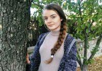 """Alexandra Fecher din Motru, campioană la chimie și pasionată de muzică! Participă la un concurs național important: """"Este pentru prima dată când ajung la acest nivel"""""""