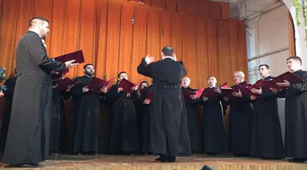 """Gest nobil al corului preoțesc """"Nicofonis"""" din municipiul Târgu Jiu"""