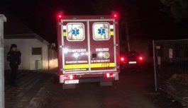 """Bărbat din Motru, aflat în izolare la domiciliu, transportat la Secția de Boli Infecțioase cu """"izoleta"""""""